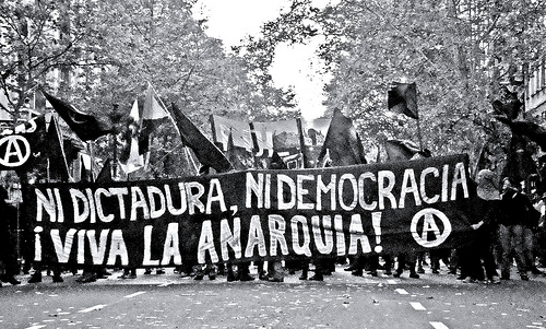 neither-dictatorship-nor-democracy