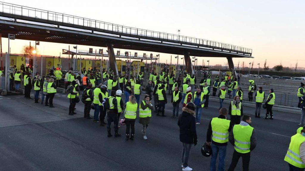 Блокиране на пункт за събиране на пътна такса